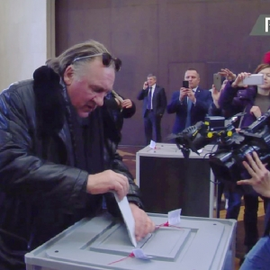 From Paris with love: Depardieu votes in Russian election (VIDEO)