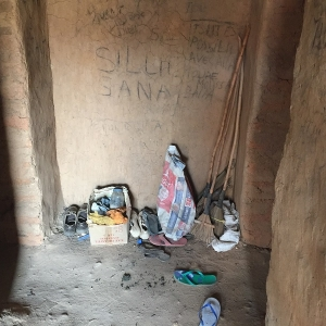 In Saharan outpost, Europe's unwanted stuck in limbo