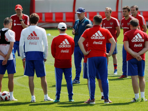 Russia gears up for Spain