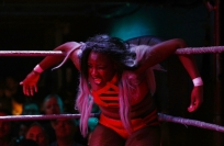 Reuters Video: London clubs aglow with women wrestlers
