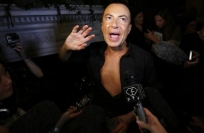 Reuters Video: British designer Julien MacDonald speaks out against using fur