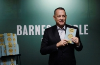 Reuters Video: Tom Hanks signs his book in New York