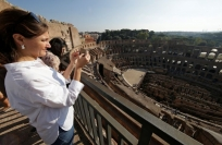 Reuters Video: A ticket with the pleb's-eye-view of the Colosseum, please!