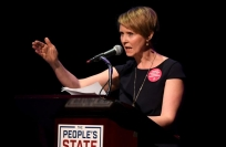 Reuters Video: 'Sex and the City' actress Cynthia Nixon to run for NY governor
