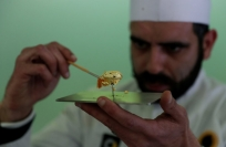 Reuters Video: World's priciest chocolate goes on display in Portugal