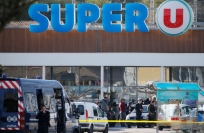 Reuters Video: French police kill gunman after supermarket siege