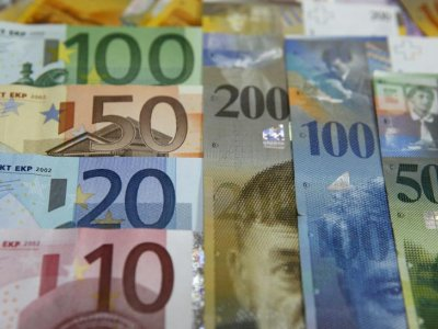 EU makes first payments from huge recovery plan