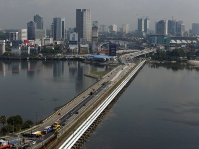 Domestic economic revival lies with reopening of Malaysia-Singapore borders, say Johor traders
