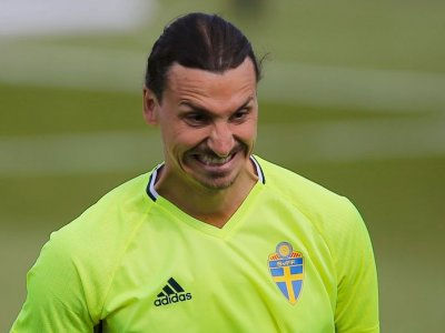 Swedes dream as Ibrahimovic meets Andersson about international comeback