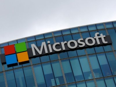 Microsoft unveils 'deepfake' detector ahead of US vote