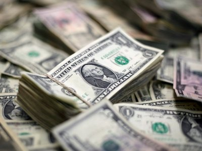 Dollar gains after three-day fall as risk rally takes a breather
