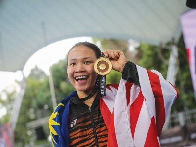 贺潘德蕾拉夺世界跳水冠军!元首:大马能培育国际级运动员