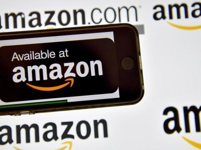 Amazon launches online pharmacy for US consumers