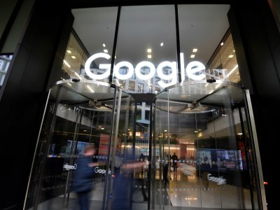 Google gives workers tool for remote work planning