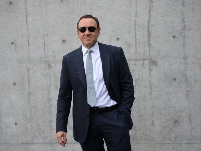 Kevin Spacey accuser who tried to sue anonymously is dismissed from case