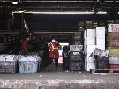 吉隆坡批发公市又爆疫情 逾170名鱼贩和员工确诊