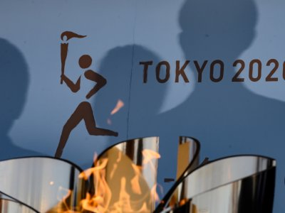 Report: Fans likely to be barred from Olympic torch relay start