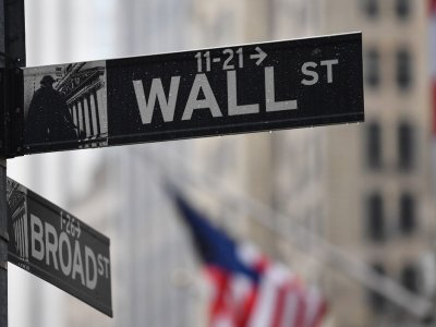Tech leads way to Wall Street rebound as Powell promises steady hand