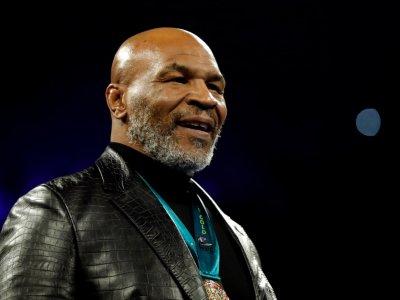 Tyson plans fast start in ring return at 54 against Jones