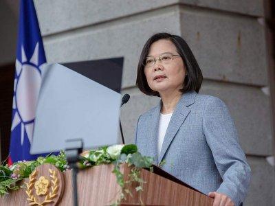 解放军机频扰台       蔡英文:台湾沦陷亚洲和平不堪设想