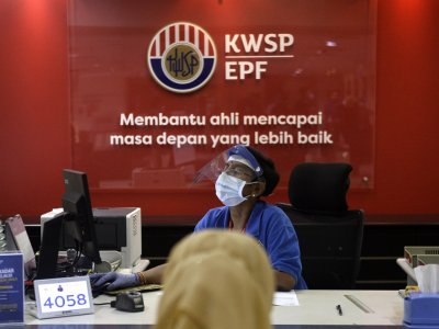All contributors to EPF can now apply to withdraw up to RM10,000, says finance minister