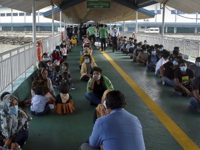 Undocumented migrants nabbed in Sarawak to be housed in temporary detention centres