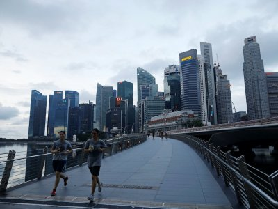 Singapore electricity providers hit by global power crunch quit market