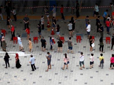 防疫措施拖慢速度!新加坡大选投票延长2小时