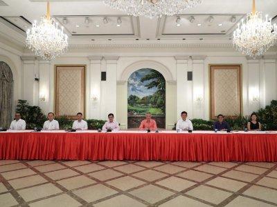 新加坡新内阁名单揭晓!李显龙暗示延后交棒