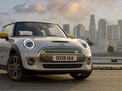 Mini's all-electric Cooper SE will be launching in Malaysia on 26 August