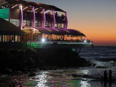 'Dream destination' cafes offer taste of paradise in blockaded Gaza strip