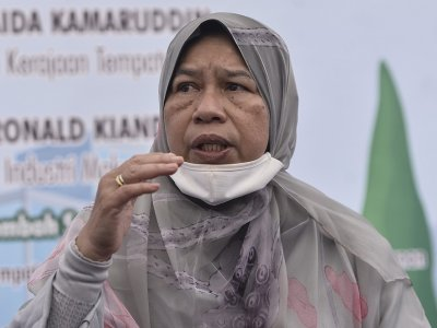 Zuraida: Now not the best time for general election due to Covid-19, economy