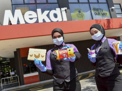 After vote, McDonald's known as 'Mekdi' at 16 outlets in Malaysia