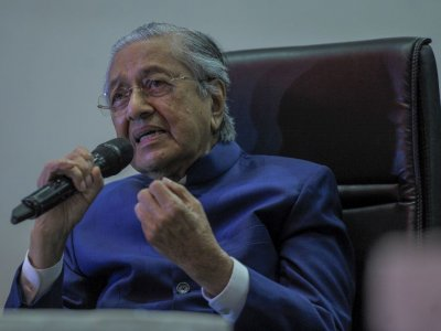 Dr Mahathir says wasn't given a chance to defend himself after backlash for controversial tweet on France, Muslims