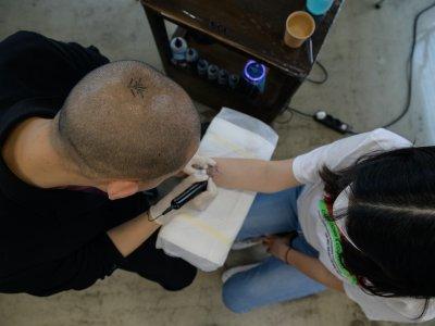 名气大却担忧随时遭逮捕 韩国纹身师盼被政府合法化