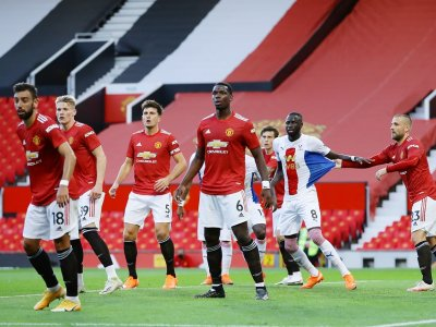 Shaw: Man United must make signings to keep up