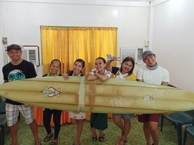 Lost at sea: Surfboard drifts 8,000 km from Hawaii to Philippines