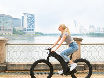 Check out the futuristic looks of the Reevo e-bike (VIDEO)