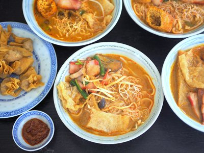 RMCO food takeaway: A well-balanced curry 'laksa' from PJ Damansara Jaya's Restoran Hong Mei