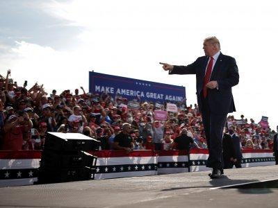 美大选关键佛州提前投票      特朗普力争翻盘