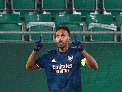 Arsenal's Arteta backs Aubamayeng to silence critics