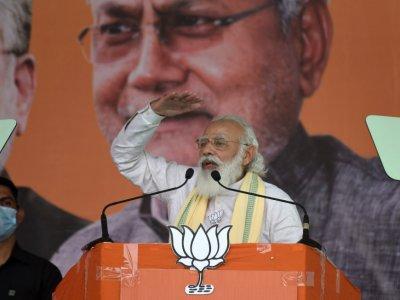 India raids media companies critical of government