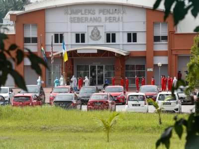 Overcrowded prisons are Malaysia's real Covid-19 weak point, former deputy minister says