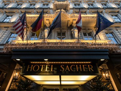 Iconic Vienna hotel turns to drive-in cake as pandemic bites