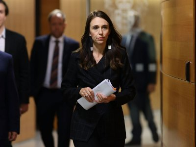New Zealand apologises for raids on Pacific people