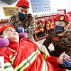 Malaysian wheelchair-bound teen with cancer gets his wish to be a fireman (VIDEO)