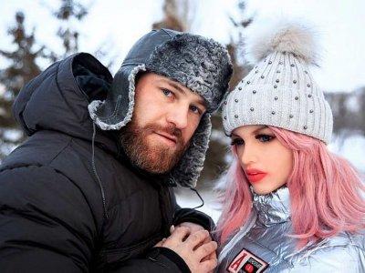 Kazakh bodybuilder weds sex doll Margo after 18 months of 'courtship' (VIDEO)