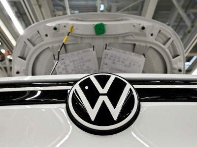 Volkswagen files offer for Europcar with French market regulator