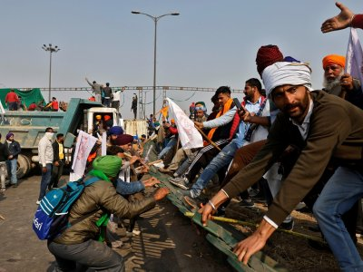 Indian police fire tear gas in clash with farmers on Republic Day