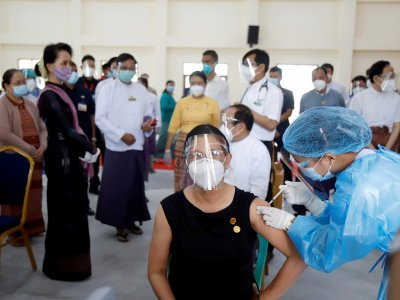 Myanmar launches vaccination drive, prioritises frontline healthcare workers